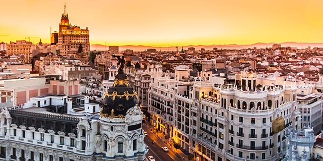 You are currently viewing Las 5 razones por las que optar por el alquiler de motos en Madrid